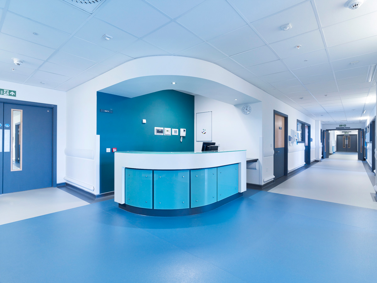 1Aberdeen-Royal-Infirmary-Emergency-Care-Centre-Altro-Suprema-10