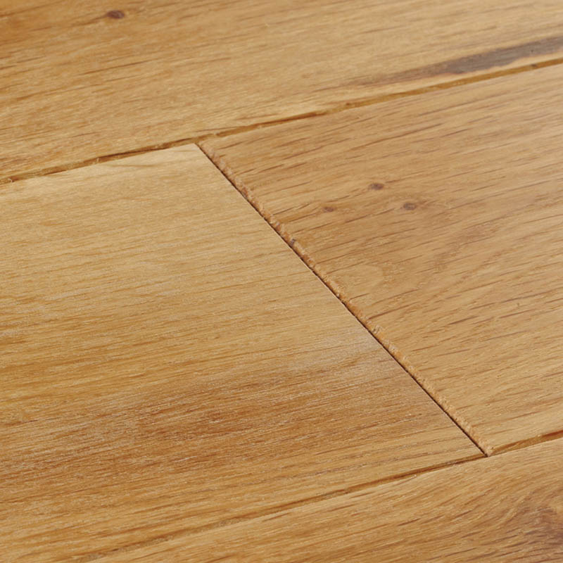 swatch-cropped-york-rustic-oak-oiled-800